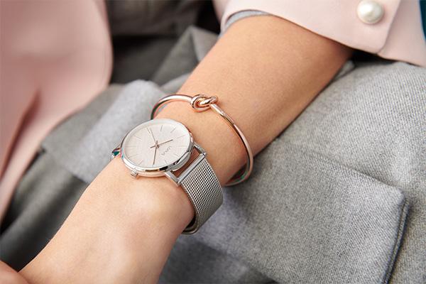 Czyszczenie srebra - srebrny zegarek